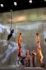 velos-acrobates_Charlotte-Kolly_Claire-Ruiz_TAITEUL_photo-Antoinette-CHAUDRON-24