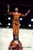 velos-acrobates_Charlotte-Kolly_Claire-Ruiz_TAITEUL_photo-Antoinette-CHAUDRON-26